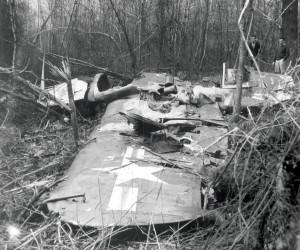 F4U-4 Corsair 81347 Pilot: Ens. Henry F. Hite Killed March 30, 1950 North Kingstown, Rhode Island Navy Photo